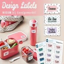 Win een set Design Naamstickers of Kledinglabels